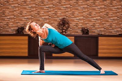 yoga rusça