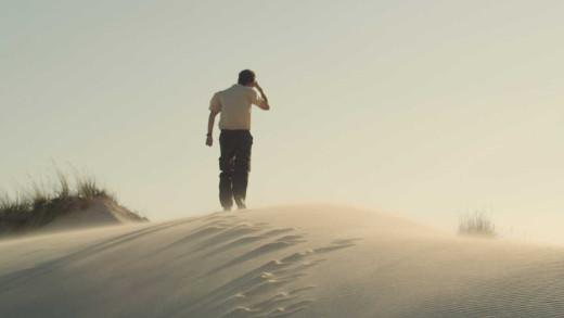 El IVC estrena en La Filmoteca 'El mar nos mira de lejos', de Manuel Muñoz Rivas