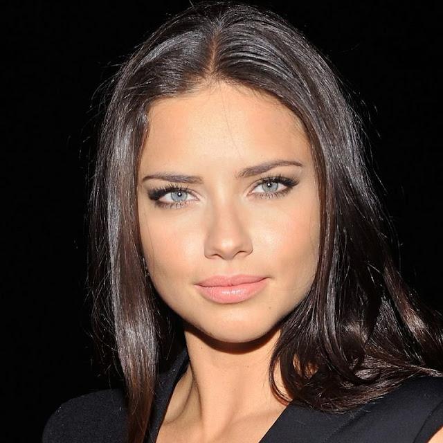 Adriana Lima salah satu model paling kaya di dunia