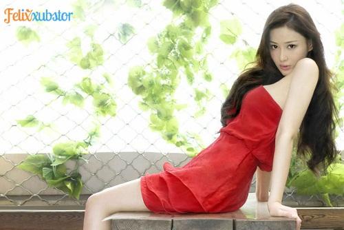 Viann Zhang Cantik dan Seksi Abis