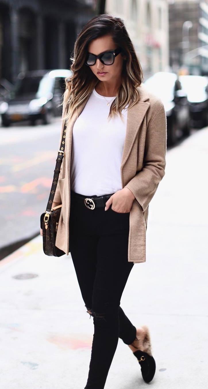 office look | beige cardigan + white top + bag + loafers + black skinny jeans