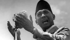 Biografi-Ir-Soekarno-Sebagai-Seorang-Tokoh-Pemimpin-dan-Proklamator-indonesia