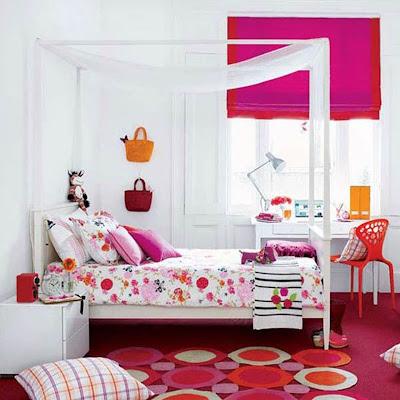 dekorasi sederhana kamar tidur anak perempuan dengan kelambu
