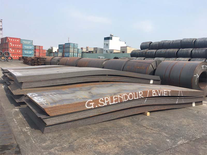Lô tấm đóng tàu NK, KA nhà máy Hyundai cập cảng Tp.HCM và Hải Phòng