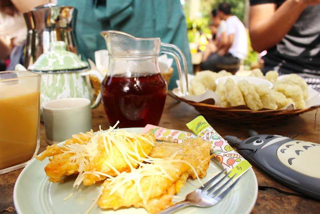 pisang goreng armor kopi