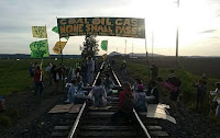 Break Free Protesters on Railroad Tracks (Credit: Break Free PNW) Click to Enlarge.
