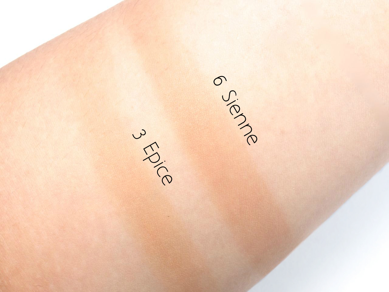 YSL Yves Saint Laurent Sun-Kissed Blur Perfector Healthy Glow Balm-Powder: Review and Swatches