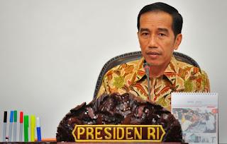 Presiden Jokowi : Evaluasi Media Online Pembuat Berita Bohong - Commando