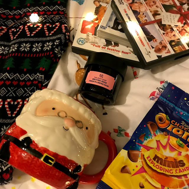 christmas night in essentials, blogmas, danielle levy, terrys chocolate orange, ELF, love actually, santa mug