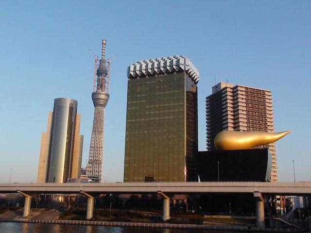 Edificio cerveza Asahi desde Asakusa