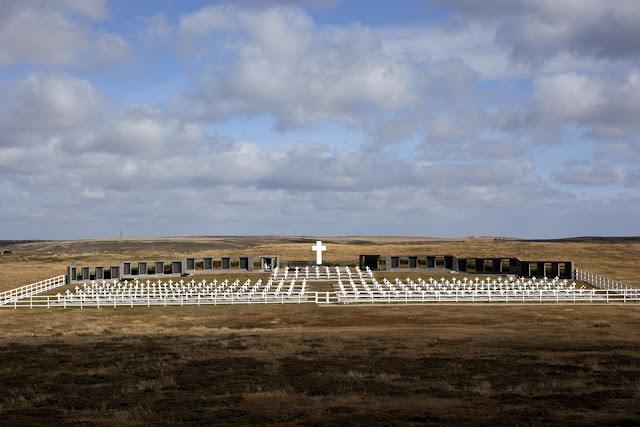Resultado de imagen para cementerio de Darwin