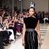 Naomi Campbell, Valery Kaufman, Aira Ferreira, Blanca Padilla, & Karlie Kloss desfilam pela passarela da Azzedine Alaia na Semana de Moda de Paris como parte da Alta Costura Outono / Inverno 2017-2018 em Paris, França – 05/07/2017