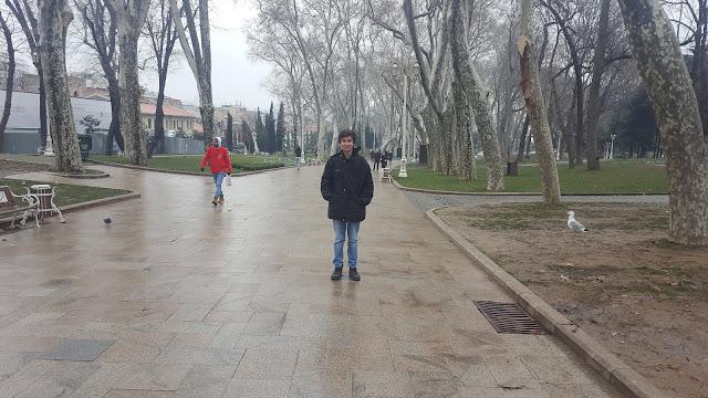 Harun İstenci İstanbul'da Gülhane Parkında