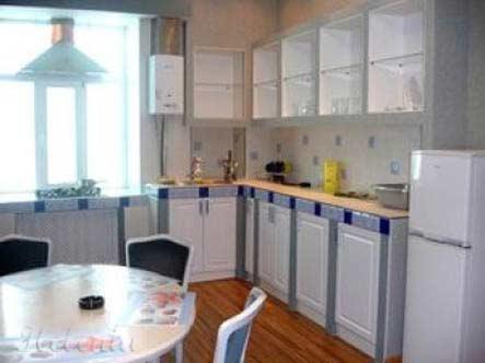 кухня в сине белом цвете