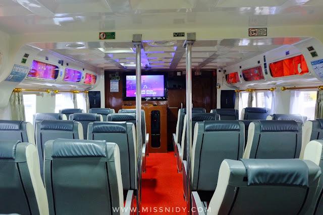 kelas VIP kapal KM Express Bahari ke Pulau Tidung