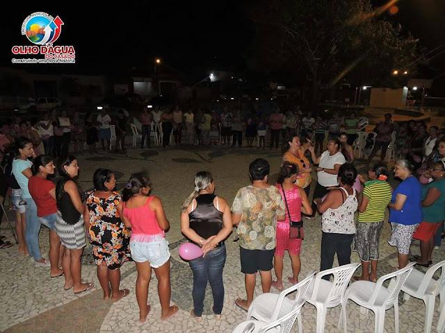 """Prefeitura de Olho D'Água do Casado promoveu a primeira  """"Noite Rosa"""", em homenagem ao Dia Internacional da Mulher"""