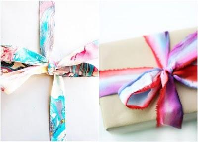 Cintas para envolver regalos customizadas con esmaltes y colorantes