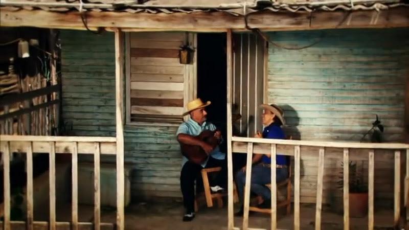 María Victoria Rodríguez Sosa y Pancho Amat - ¨Mis raíces¨ - Videoclip - Dirección: Julio César Leal. Portal Del Vídeo Clip Cubano - 05