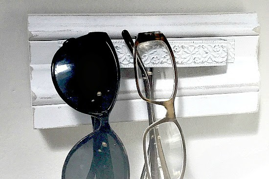 How to Make an Eyeglass Organizer