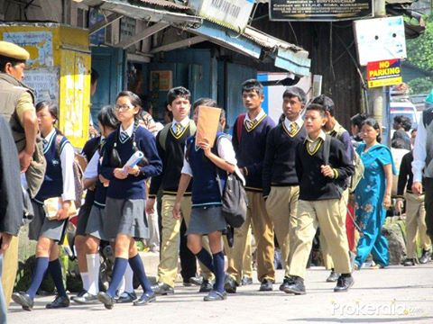 Of Titaura and Kateko Suntala: School Days in ‪Darjeeling‬