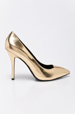 Pantofi cu toc pentru ocazii speciale