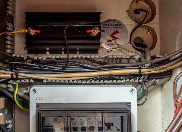 Photo of Ravensdale's new galvanic isolator fitted above the 240V fuse box