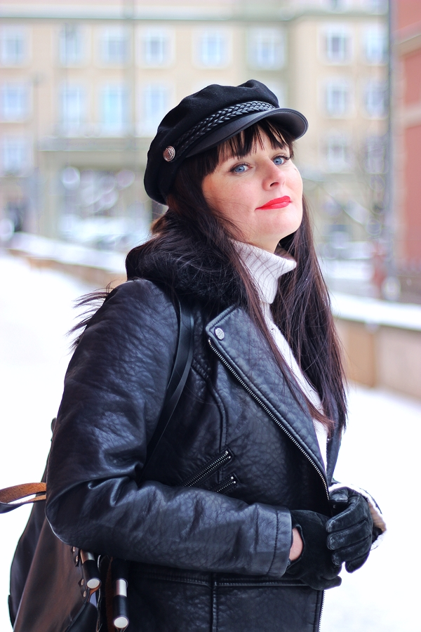 winter-brunette-outfit