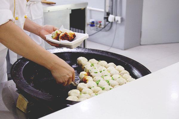 Xiao Yang Sheng Jian, fried soup dumplings