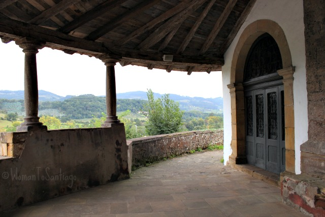foto de iglesia san juan de amandi