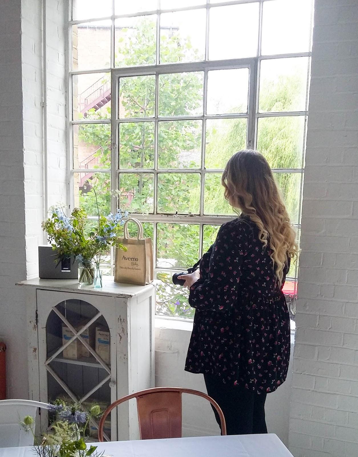 Ways To Make Small, Dark Rooms Look Brighter ♥