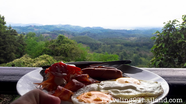 Bikers breakfast along route 1149 in North Thailand