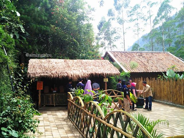 biaya masuk The Lodge Maribaya