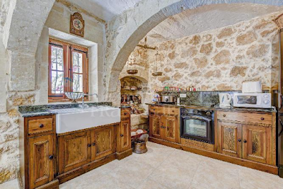 Gozo Farmhouse Kitchen