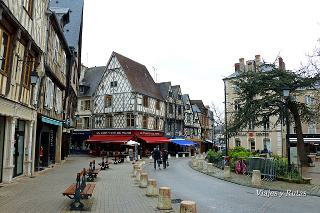 Place Gordaine, Bourges
