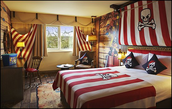 Maries Manor: Pirate Bedroom