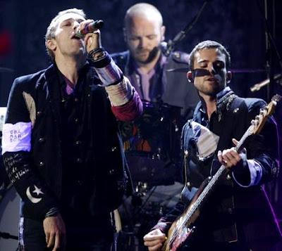 Foto de Coldplay cantando en concierto