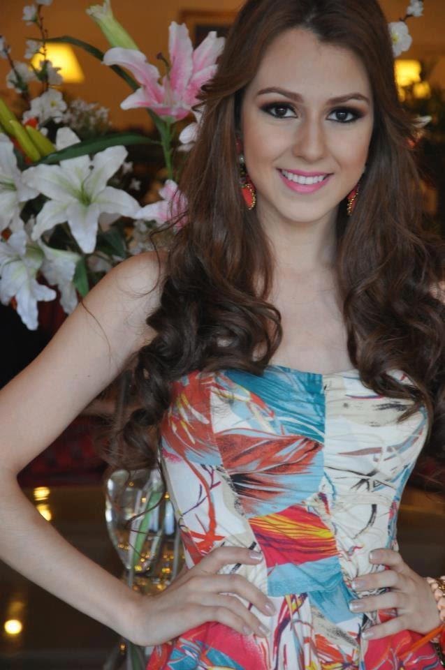 Adelita Ortigoza en el Miss Global Teen 2012