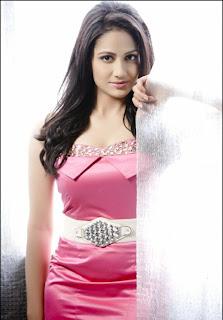 WWW.BOLLYM.BLOGSPOT.COM indian actress model komal sharma Pictureshoot gallery 0007.jpg