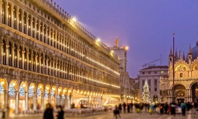 natale-a-venezia-piazza-san-marco-poracci-in-viaggio