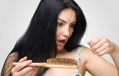 Cara Mengatasi Rambut Rontok Setelah Melahirkan Anak