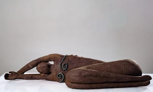 """""""Δαμάζοντας τα Όνειρα"""": Έκθεση της Ειρήνη Γκόγκουα στην Ερμιονίδα"""