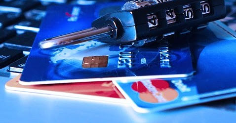 Credit-card-1591492__340