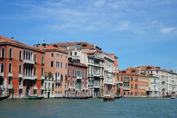 venise italie grand canal traghetto