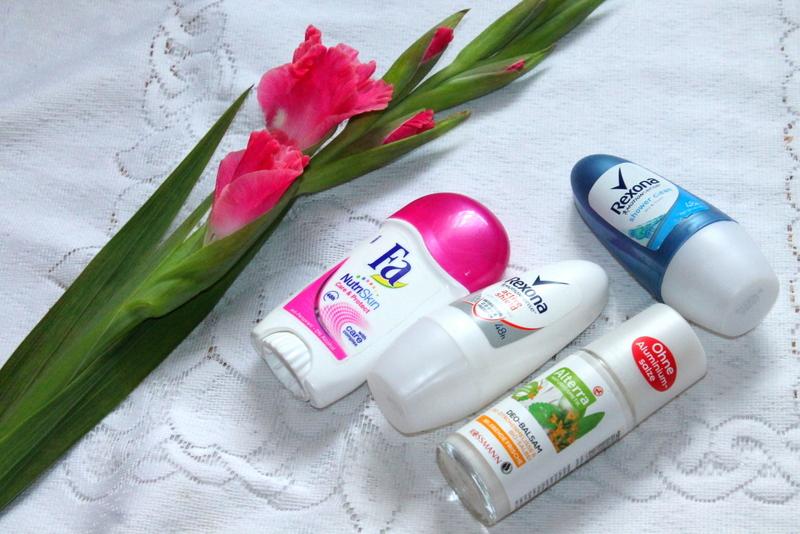 dezodoranty naturalne kontra tradycyjne