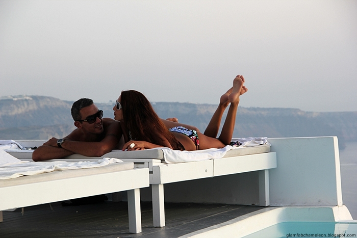 Santorini luxury honeymoon hotels