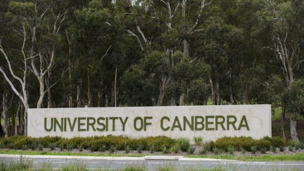 Program 5000 Doktor: Cukup dengan IELTS 6.0 bisa Studi S3 di University of Canberra