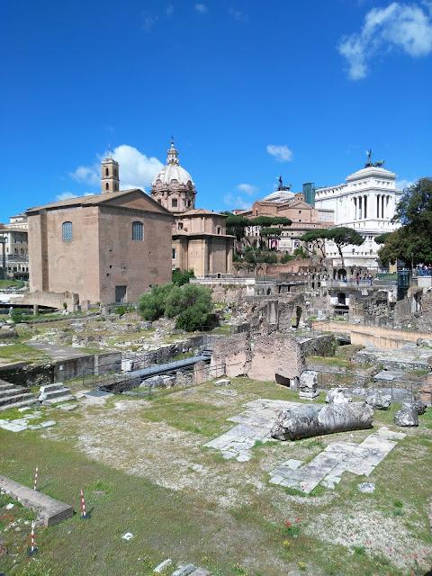 Via dei Fori imperiali-Roma