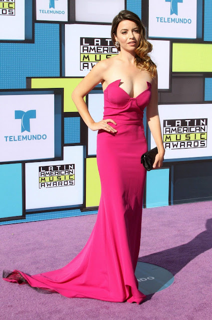 Masiela Lusha – 2016 Latin American Music Awards