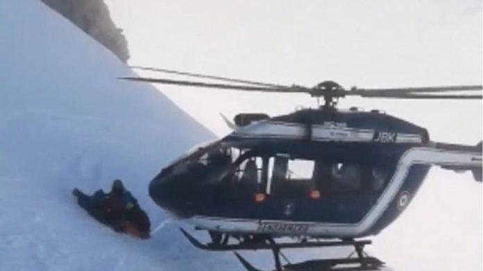 Διάσωση χειρουργικής ακρίβειας με ελικόπτερο στις Άλπεις βίντεο