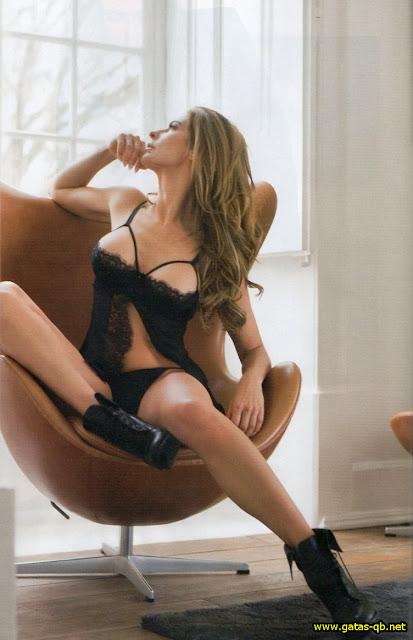 Fotos de Raquel Loureiro nua pelada na Playboy Portugal